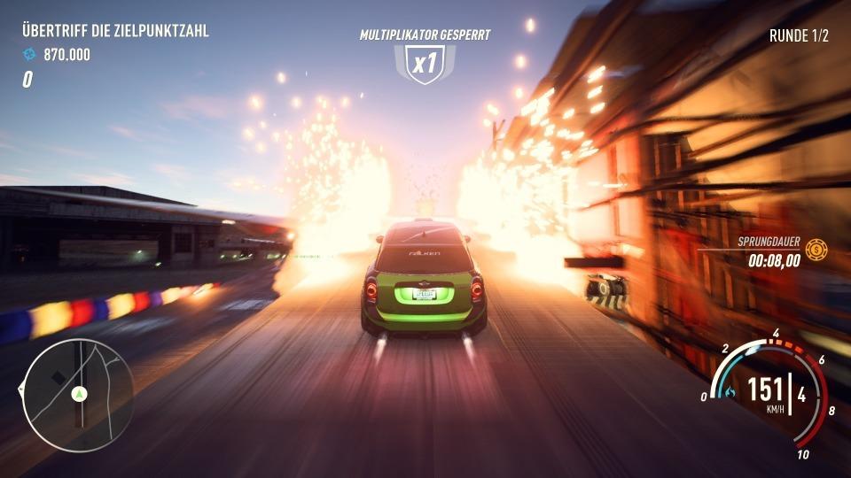 Speedcross fordert Drifts, Sprünge, Geschwindigkeit und Zerstörung in einem Rennen.